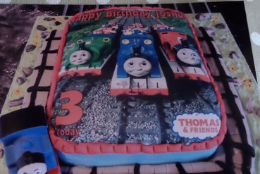 boys thomas themed birthday