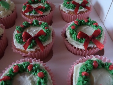 christmas wreath topped cupcakes
