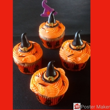 witches hat halloween cupcake