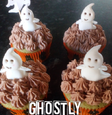 fondant ghostly cupcakes