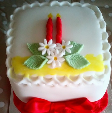 4 inch mini christmas advent candles cake