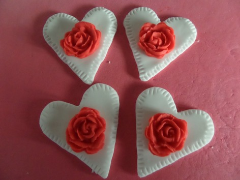hearts and roses cupcake topper