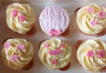 girls baby shower\christening cupcakes
