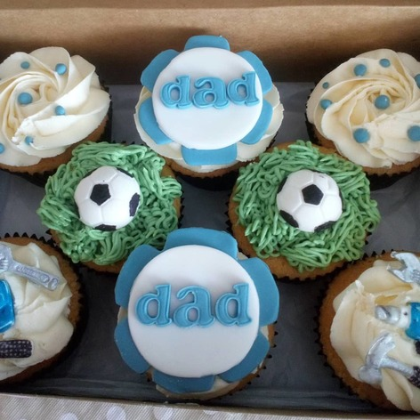 box of 8 dad/fathers day assortment cupcakes