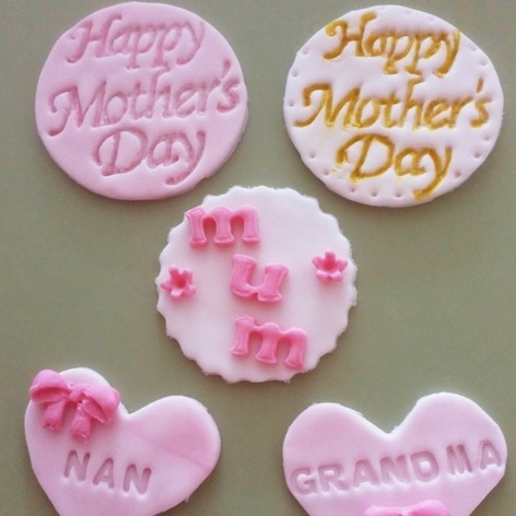 Mothers day cupcake topper examples