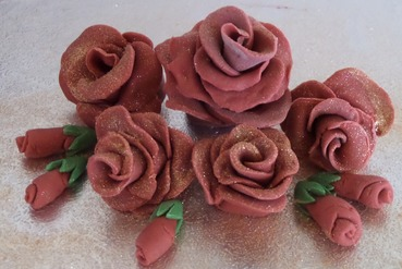 sugar red roses small bouquet