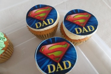 super dad fathers day cupcakes