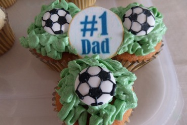 number 1 dad fathers day cupcakes