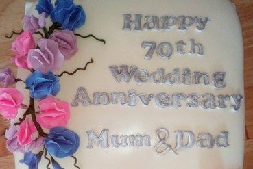 70th wedding anniversary cake with flowers