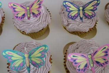 wafer butterfly ladies cupcakes